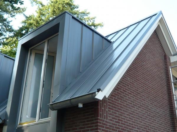 Zinken dakkapel in zinken dak? Vergelijk gratis de prijzen!