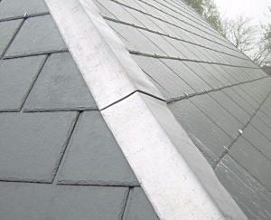 dakkapel voorzien van een leien dak
