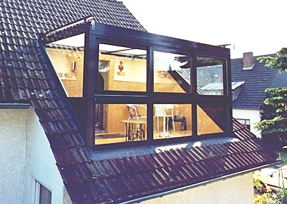 Voorbeeld van een glazen dakkapel