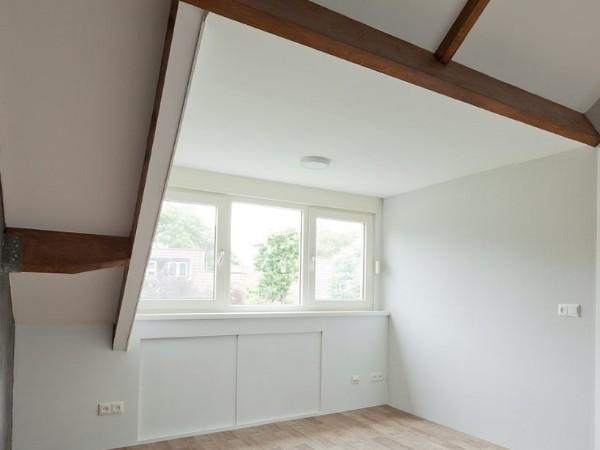 Bekijk deze afwerking dakkapel binnenkant op Dakkapelplaatsenvergelijker.nl