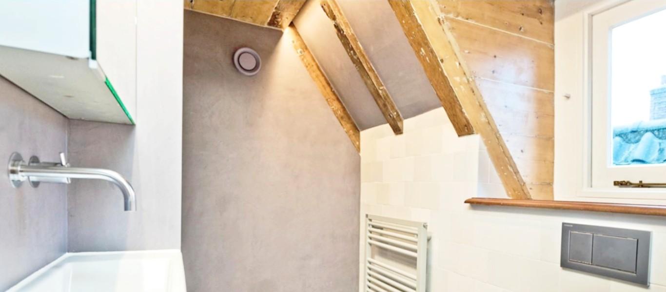 Met een dakkapel op zolder maakt u uw badkamer aanzienlijk groter