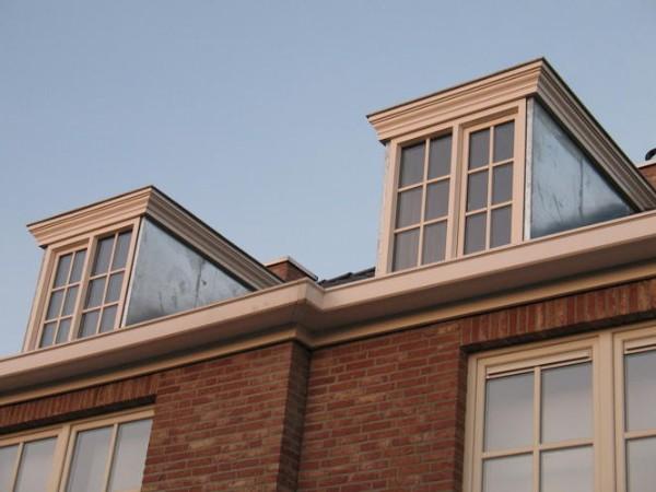 Klassieke dakkapel? Vergelijk de prijzen van specialisten in uw regio